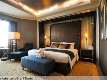 แบบห้องนอน Presidential Suite Master Bedroom: Grand Millennium Sukhumvit
